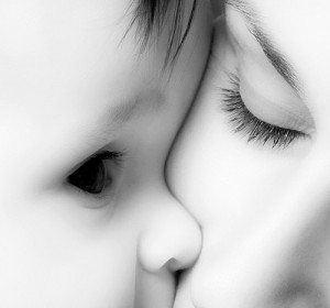 mother-and-baby-photography